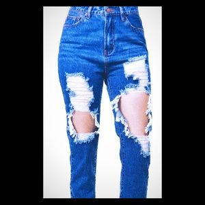 High Rise Destroyed BF Jeans